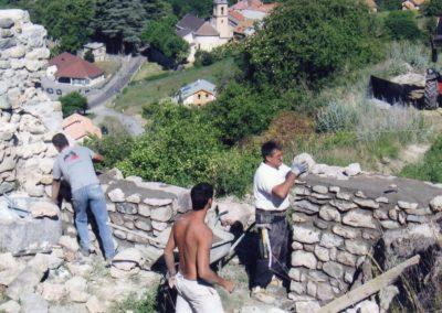 Jarjayes 3C Réhabilitation du mur nord et de la porte 2009